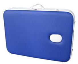 Складывается в форму чемодана, удобного для транспортировки.